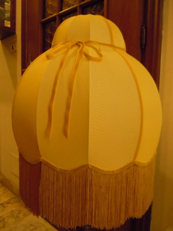 Cupola doppia con frangia in stoffa