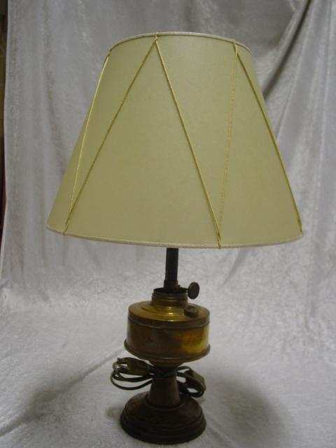 Tronco di cono su lampada ad olio